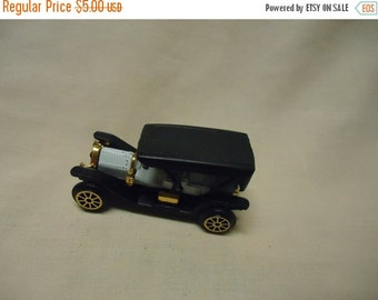 Independence Day Sale Vintage Plastic Classic Car Toy, no 306, Made in Hong Kong, collectable