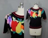 Vintage fruit sweater black