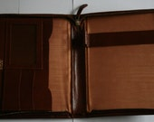 Vintage leather writing case. Zip fastening. Brown leather case