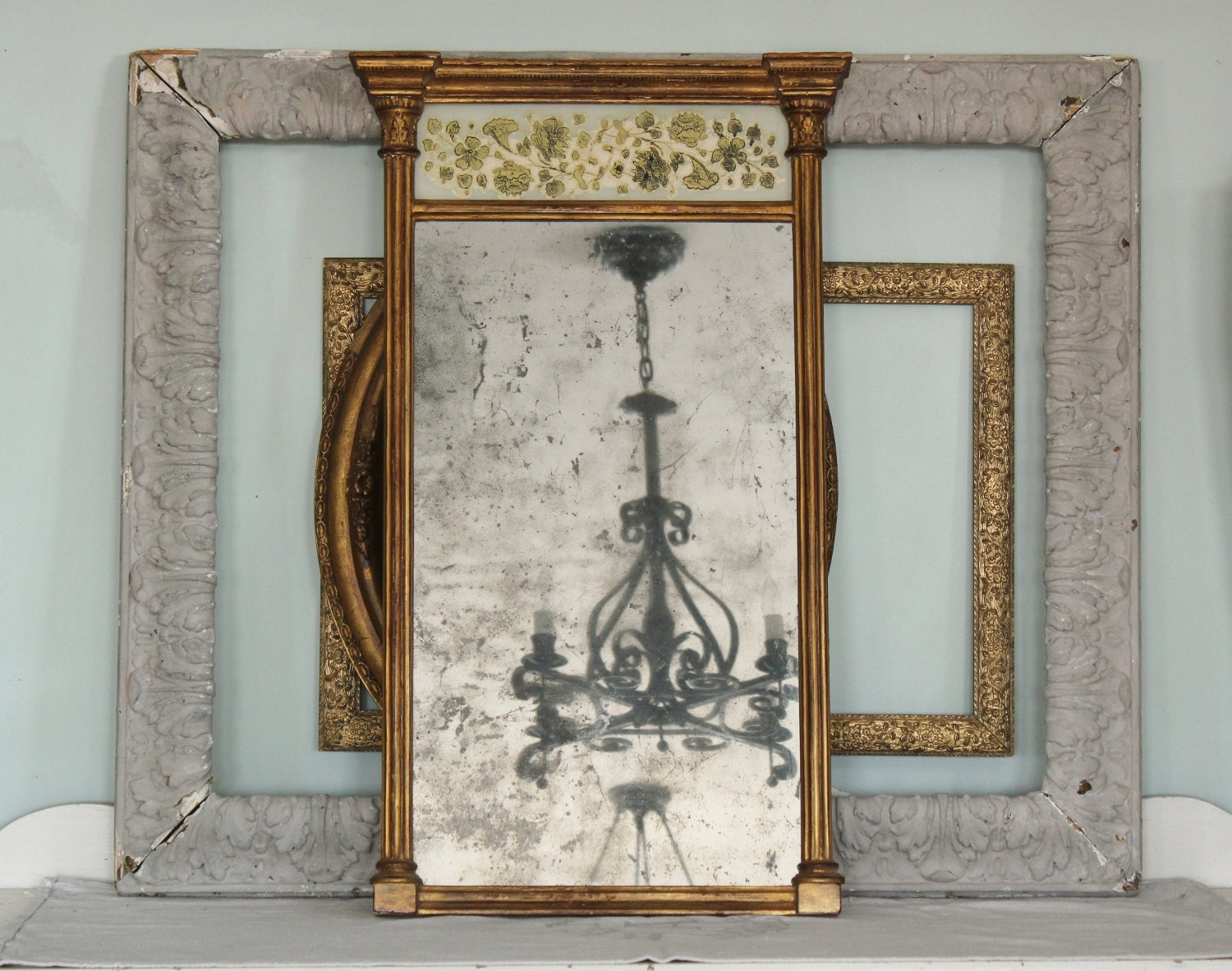 Antique Federal Gilt Wood Mirror With Reverse Painted Panel