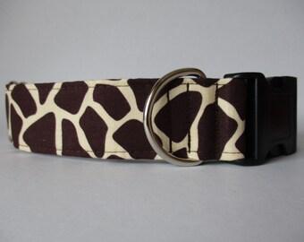 Giraffe Dog Collar, Wide Dog Collar, Dog Collars Canada, Brown Dog Collar, Dog Collars Canada, Side Release Dog Collar