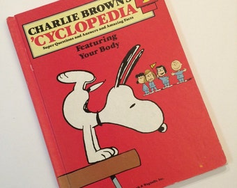 Charlie Brown's 'Cyclopedia Book Vol 1 Featuring Your Body Vintage Kids Book