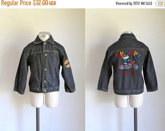 40% OFF back2school SALE vintage toddler's denim jacket - SNOOPY beagle biker club jean jacket / 6/7x