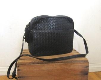 Vintage Buttery Soft Black Navy Woven Leather Cross Body Purse w/Tassel