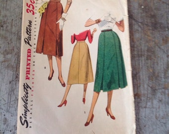 Vintage Simplicity Sewing Pattern 4414 Misses' Waist 24 Hip 33 Skirt