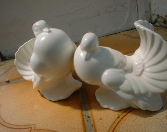Classic Pair of Pigeons in Creamy White Porcelain