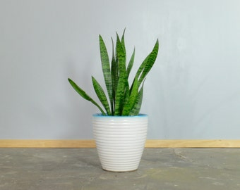 Mid Century Modern Ceramic Haeger Planter // Flower Pot