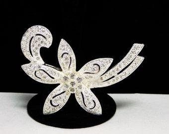 Napier Star Flower Brooch - White Clear Rhinestones Pin - Silvertone Vintage Floral Jewelry