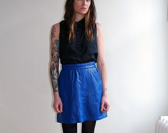 vintage high waisted blue leather skirt / size small