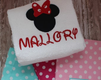 Disney Embroidered Towel -  Minnie or Mickey Mouse Towel -  Custom Hand Towel - Applique Disney Towel - REALLY CUTE