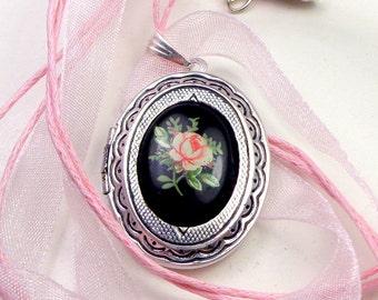 Pink Rose Cameo,Locket Necklace, Victorian Gift,Steam Punk Goth,Vintage Style Locket,Gothic Jewellry,Edwardian Fantasy
