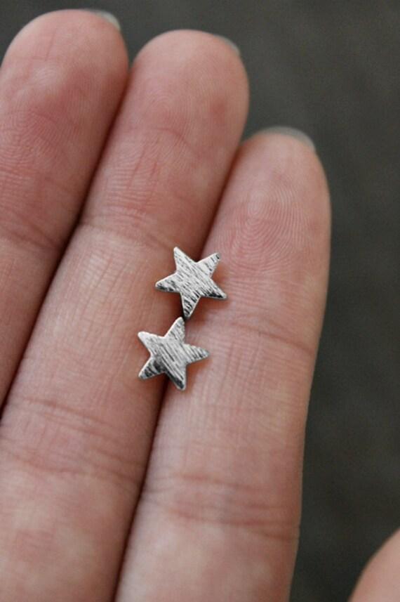 Silver Star Earrings/Tiny Star Earrings/Dainty Star Earrings /Star Post Earring