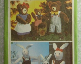 Set of Stuffed Animals, Bears and Bunnies Vintage 1970's Simplicity Pattern 9131 UNCUT
