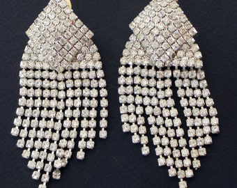 Vintage Earrings Clip On Earrings White silver Crystals