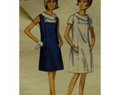 "1960s Mod Dress Pattern, Front Panel, Bias Rolled Collar, Square Yoke, Sleeveless/Short Sleeves, Butterick No. 4309 UNCUT Size 10 Bust 31"""