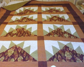 CLEARANCE LEAVES QUILT Lap/Bunk/Twin  Gorgeous brown/green/rust/rea leaves appx 61 X 78""