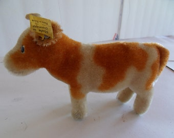 Steiff cow miniature mohair w button/flag made in Germany 1558