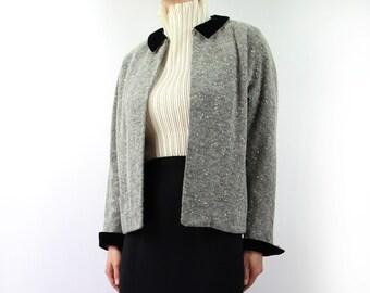 VINTAGE 1950s Jacket Black White Velvet Collar