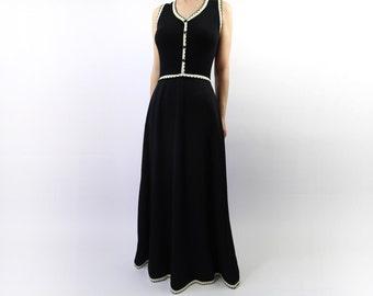 VINTAGE 1970s Maxi Dress Black White Contrast Long