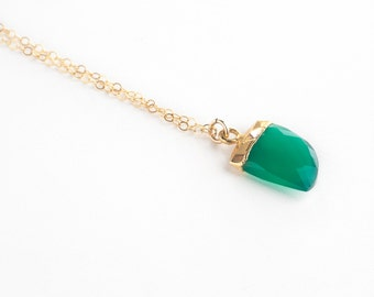 Green Onyx Horn Necklace-Gold Necklace, layering necklace, dainty necklace, green necklace