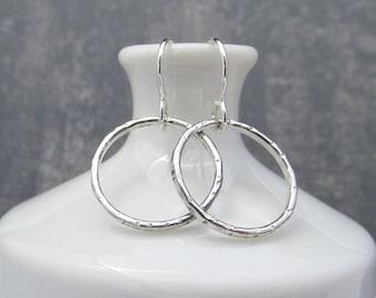 Argentium Sterling Silver Dangle Earrings. Eco Friendly Earrings. Small Circle Earrings. Minimal Earrings. Hammered. Silver Earrings