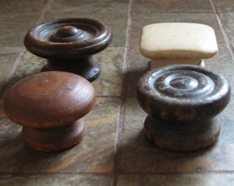 Vintage Drawer Pulls Cabinet Knobs Handles Assorted Set of 4 Wood Wooden Restoration Craft Supplies