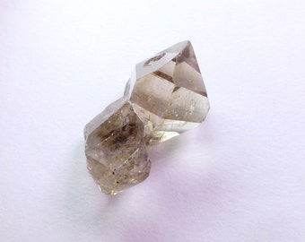 Fenster / Skeletal Twin Quartz Crystal. Nice Specimen. Old Gnarly Tree Texture. Can Drill. 1 pc. 11.60 cts. 13x16x9 mm (QTZ628)