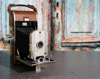 Vintage Polaroid Land Camera folding model 95
