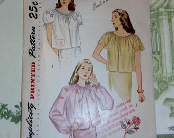 "Vintage 1940's Simplicity Pattern 1836 for Misses Bedjacket Size 14, Bust 32"", Transfer Included"