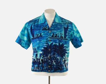 Vintage 60s Men's HAWAIIAN SHIRT / 1960s Blue Cotton Novelty Natives and Settlers Print Shirt-Jac M - L