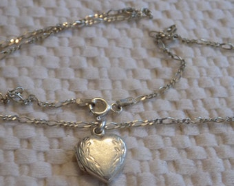 Vintage locket pendant,sterling silver heart locket with 925 chain, romantic jewelry