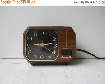 ON SALE Vintage Sentry Electric Alalog Alarm Clock - Faux Bois - Wood Grain - Hong Kong
