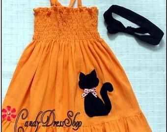Girls Halloween dress, Orange Halloween dress, Orange Dress with Black Cat Applique,  Natural cotton dress, Girls Pumpkin dress and headband
