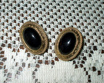 Oval Earrings Gold Tone With Black Cabachons Vintage Pierced Costume Jewelry Victorian Retro
