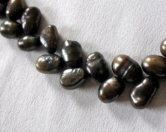 "Chocolate Brown Pearls, Herringbone Pattern, 8mm, full 16"" strand"