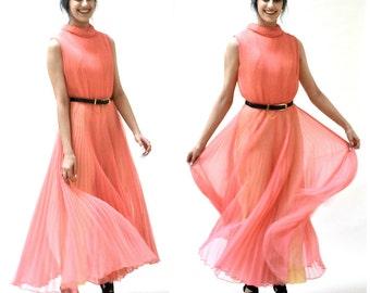 70s Vintage Jump Suit Size Large Coral Pink Pleated Palazzo Pants Disco Jumspuit// VIntage Chiffon Jumpsuit Coral Pink Size Large