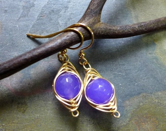 Wire Wrapped Earrings in Gold, Wire Wrapped Lavender Jade Earrings,Wire Wrapped Amethyst Earrings in Gold, Wire wrapped Dangling Earrings