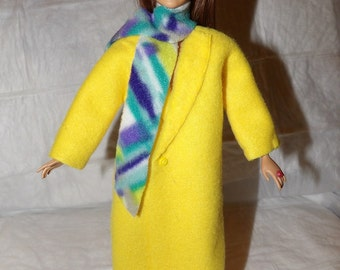 Long Fleece coat in bright yellow with patterned scarf for Fashion Dolls - ed918