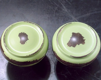 Pr Shabby Vintage Ring Door Knobs - MINT Green - Distressed Doorknobs - A
