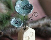 Ceramic Flower Decoration/Paperweight/Place Card/Picture Holder/House/Wedding