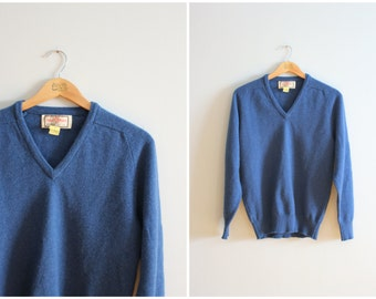 vintage 60s blue English wool boyfriend sweater - v neck sweater / Alan Paine - heritage lambswool sweater / 1950s preppy sweater - unisex