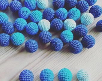 20 wooden round crochet beads balls for jewelry necklase making 2 cm cotton nature friendly - blue navy turquoise