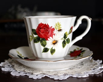Tea Cup and Saucer,  Porcelain Teacup, Red Roses, Papal Giftware 13681