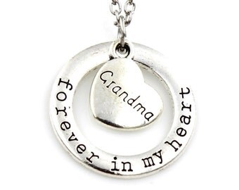 Stunning - Grandma Forever in My Heart Necklace - Jewelery Holiday Gift Grandmother