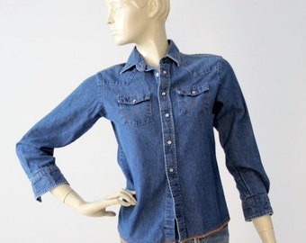 SALE denim shirt by Wrangler, vintage chambray snap up top
