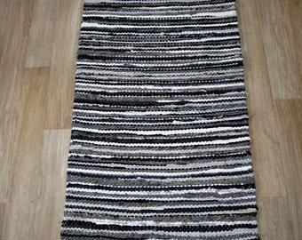 Handwoven rag rug - 1.98' x  5.06'- grey, black, white, ready for sale
