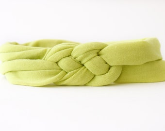 Wasabi Green Baby Girl Knotted Headband Headwrap Turban Baby Shower Gift Infant Jersey Celtic Sailor Knot Workout Yoga Soft Stretchy