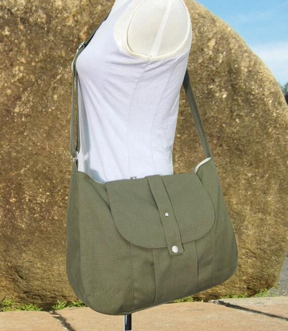Olive green cotton canvas messenger bag / shoulder bag / everyday bag / diaper bag / cross body bag - 6 pockets
