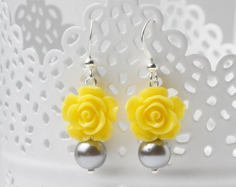 Yellow and Grey rose earrings, Bridesmaid earrings, Yellow and Grey bridesmaid jewelry, bridesmaid gift, garden wedding earrings