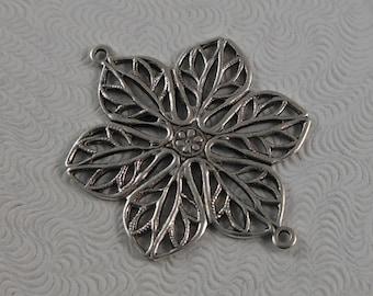 LuxeOrnaments Antique Silver Filigree Art Nouveau Poinsettia 2 Ring Connector  (1 pc) G-07366-S